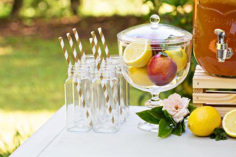 jak zorganizować przyjęcie w ogrodzie, owoce, lemoniada, ogród
